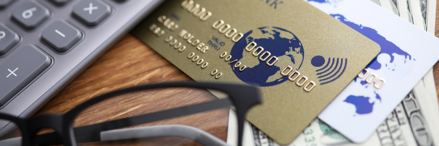 What's the Difference Between a Secured and Unsecured Credit Card?