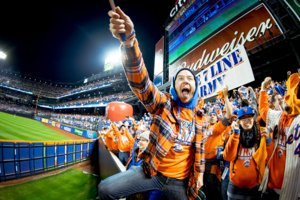 How T-Shirt Company The 7 Line Created Customers and a Community