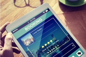 Last minute travel booking resources