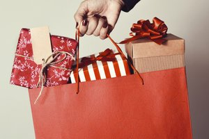 Retailer Tips for Attracting Last-Minute Holiday Shoppers
