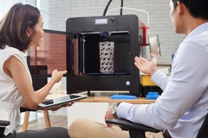 How to Start an Online Retail Company With 3D Printers