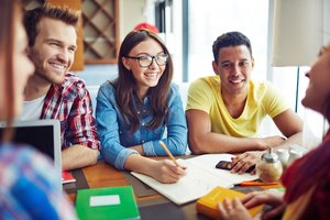 Pipe Dream? Most Teens Don't Have Realistic View of Their Future