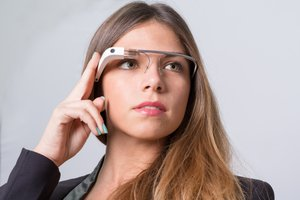 Should Your Business Embrace Wearable Technology?