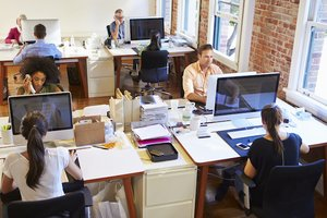 Smarter Seating? How Your Office Neighbor Affects Your Work