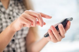 Texting Your Customers: 4 Tips for SMS Marketing Success