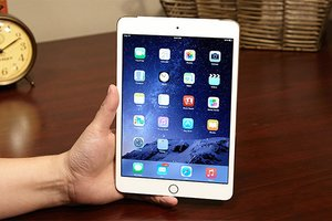 image for The iPad mini 4 looks almost identical to the iPad mini 3 (pictured here). / Credit: Jeremy Lips