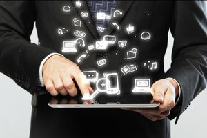 Customer Service 2.0: Satisfying Customers in the Digital Age