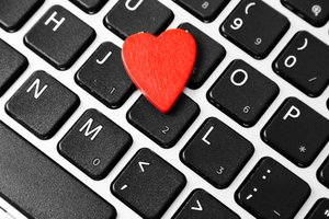 Love and Career Don't Mix, Workers Say