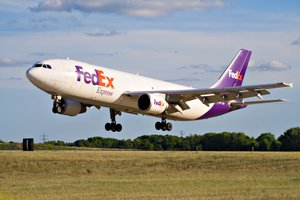 FedEx Simplifies Shipping for Small Businesses