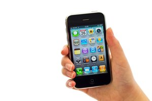 How to Switch from iPhone to Android: 4 Steps for Business Users