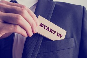 10 Entrepreneurs Share Must-Know Tips for New Founders