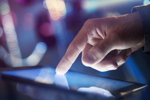 4 Ways to Make Mobile Work for Your Customers