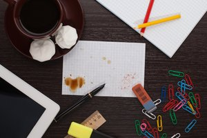 Keep It Clean: What Does Your Desk Say About You?
