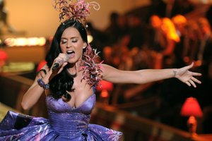 10 Things Katy Perry Can Teach You About Social Media