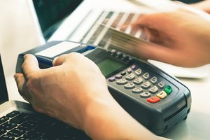 Upgrading Your Credit Card Terminals? 6 Things to Consider
