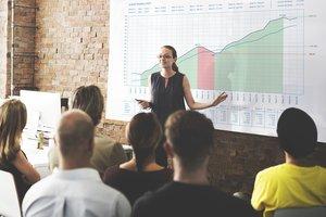 What Company Financial Data Should You Share With Employees?