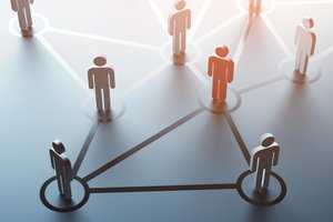 Networking as an Extrovert: 6 Tips for Success