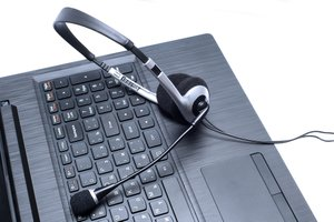 Dragon NaturallySpeaking vs. Free Dictation Tools: Which Is Best?