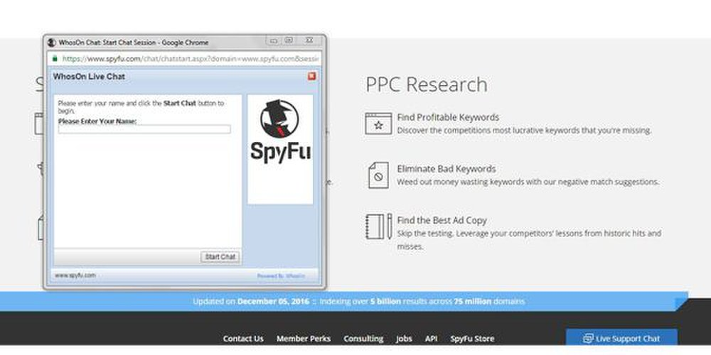 SpyFu image: SpyFu offers live chat in the event you experience any problems while using this tool.