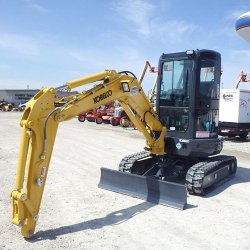 Kobelco SK35SR-5 image: This machine weighs 7,890 pounds with a canopy.