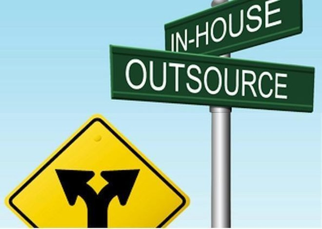 outsourcing-11102602