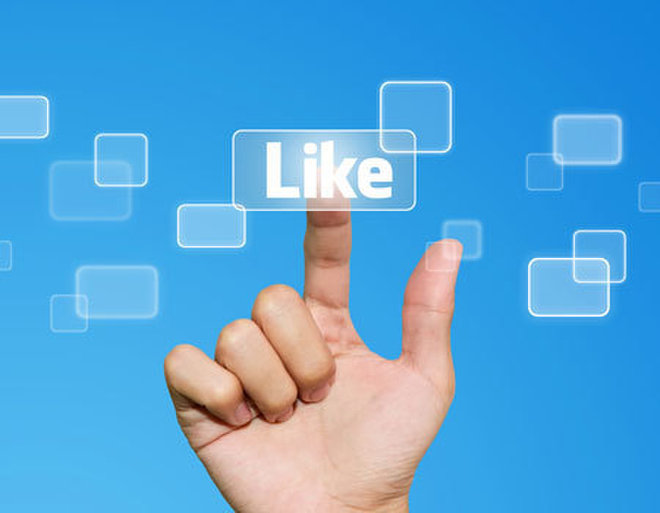9 Rules for Using Facebook at Work
